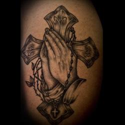 Cross Tattoo Meanings Itattoodesigns Com
